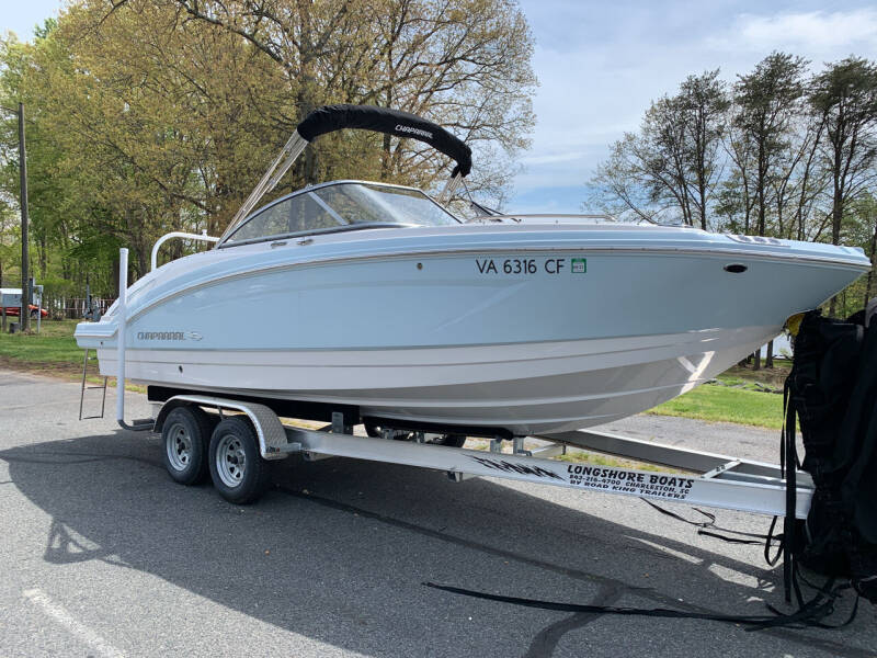 2020 Chaparral 230 Deluxe Suncoast for sale at Performance Boats in Spotsylvania VA