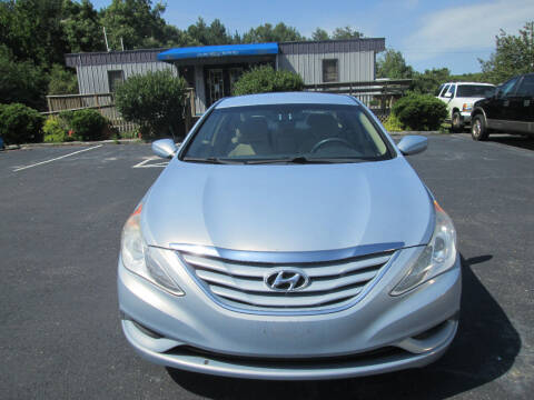 2011 Hyundai Sonata for sale at Olde Mill Motors in Angier NC