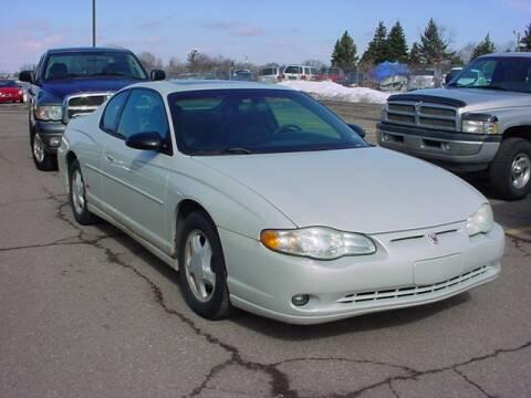 2004 Chevrolet Monte Carlo for sale at VOA Auto Sales in Pontiac MI