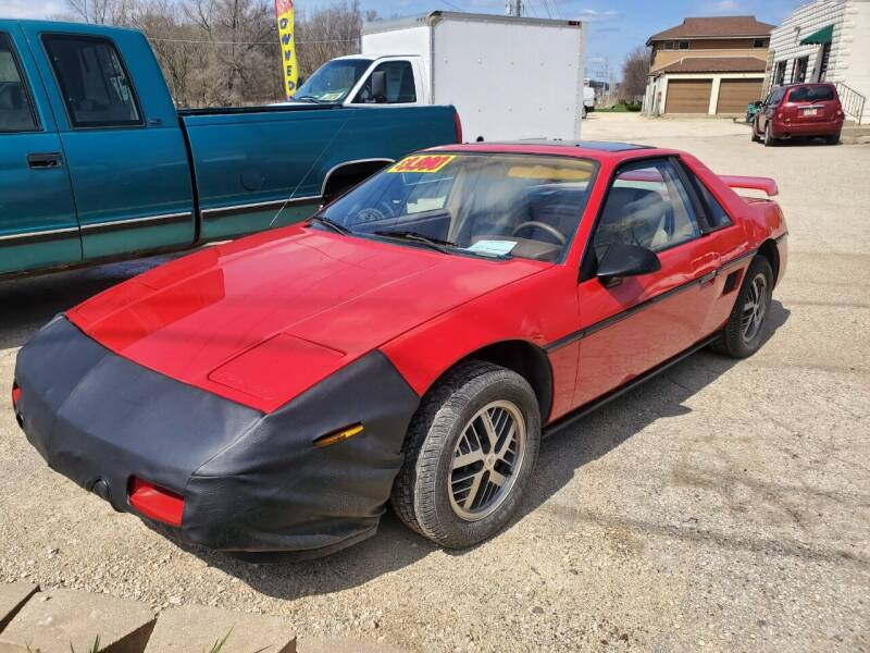 1988 Pontiac Fiero for sale at AMAZING AUTO SALES in Marengo IL