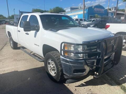 2012 Chevrolet Silverado 2500HD for sale at HALEMAN AUTO SALES in San Antonio TX
