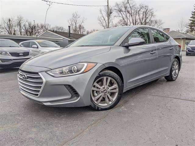 2018 Hyundai Elantra for sale at GAHANNA AUTO SALES in Gahanna OH
