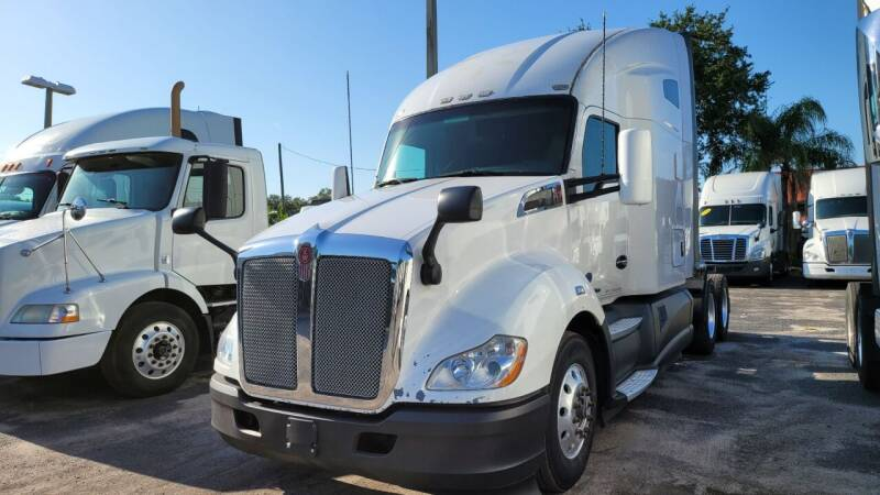 2016 Kenworth T680 for sale at The Auto Market Sales & Services Inc. in Orlando FL