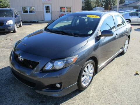 2009 Toyota Corolla for sale at Richfield Car Co in Hubertus WI