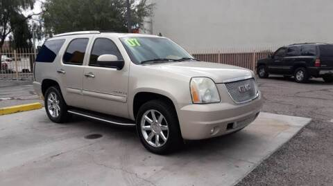 2007 GMC Yukon for sale at CAMEL MOTORS in Tucson AZ