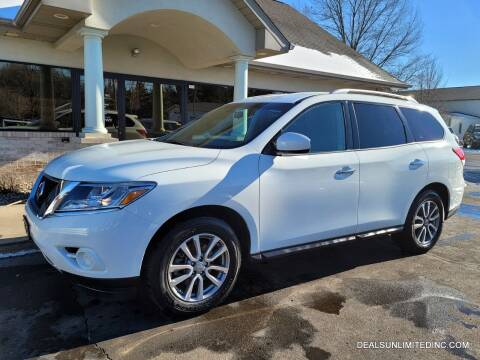 2016 Nissan Pathfinder for sale at DEALS UNLIMITED INC in Portage MI