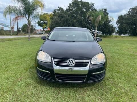 2010 Volkswagen Jetta for sale at AM Auto Sales in Orlando FL