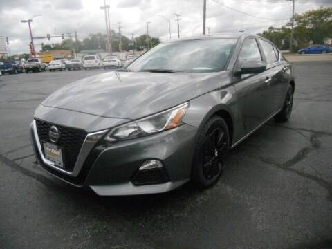 2019 Nissan Altima for sale at Windsor Auto Sales in Loves Park IL