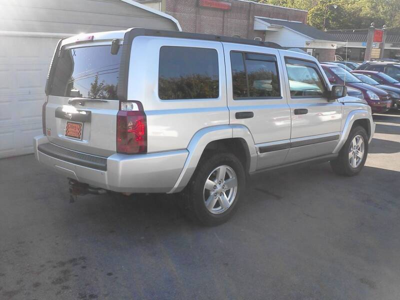 2006 Jeep Commander 4dr SUV 4WD - Lenoir City TN