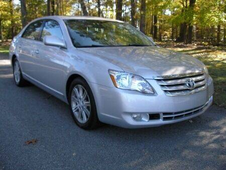 2006 Toyota Avalon for sale at RICH AUTOMOTIVE Inc in High Point NC