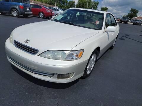 2000 Lexus ES 300 for sale at Rucker's Auto Sales Inc. in Nashville TN
