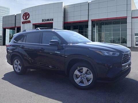 2020 Toyota Highlander Hybrid for sale at BEAMAN TOYOTA in Nashville TN