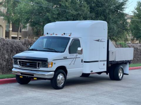 2001 Ford E-Series Chassis for sale at RBP Automotive Inc. in Houston TX