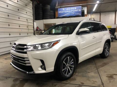 2017 Toyota Highlander for sale at T James Motorsports in Gibsonia PA