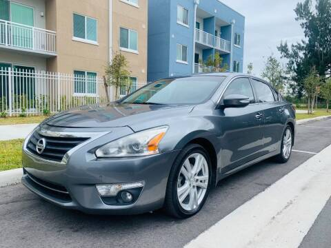 2015 Nissan Altima for sale at LA Motors Miami in Miami FL