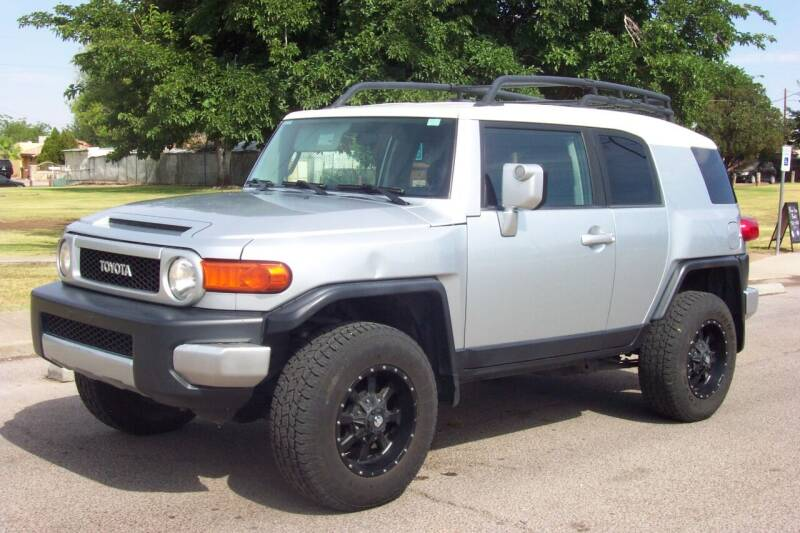 2007 Toyota FJ Cruiser for sale at Park N Sell Express in Las Cruces NM