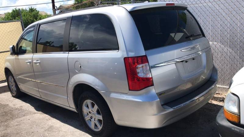 2012 Chrysler Town and Country for sale at Ultimate Car Solutions in Pompano Beach FL