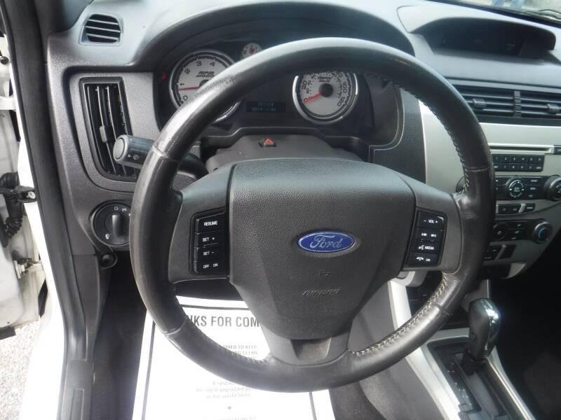 2011 Ford Focus SE 4dr Sedan - Hampton NJ