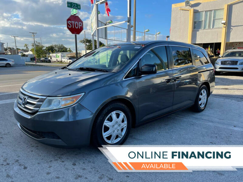 2013 Honda Odyssey for sale at Global Auto Sales USA in Miami FL
