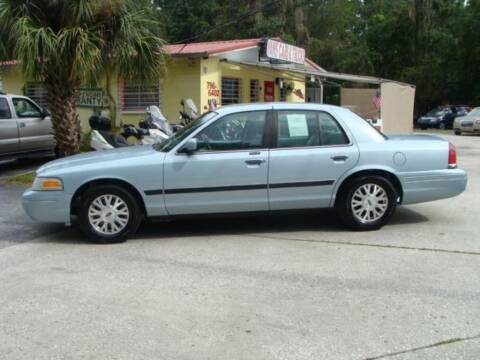 2003 Ford Crown Victoria for sale at VANS CARS AND TRUCKS in Brooksville FL