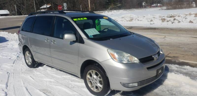 2004 Toyota Sienna for sale at Hwy 13 Motors in Wisconsin Dells WI