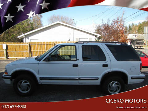 1998 Chevrolet Blazer for sale at Cicero Motors in Cicero IN