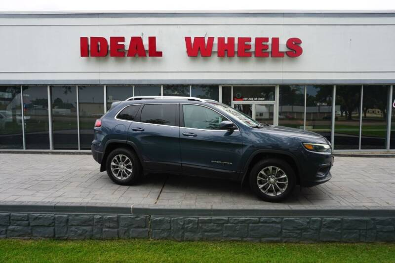 2019 Jeep Cherokee for sale at Ideal Wheels in Sioux City IA