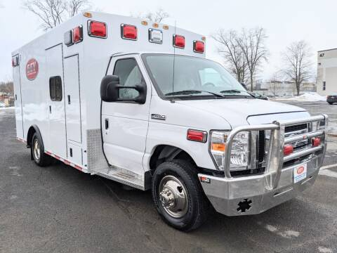 2021 Ford- BRAUN STYLE E450 Type III Ambulance for sale at Global Emergency Vehicles Inc in Levittown PA