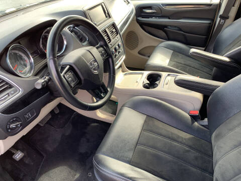 2019 Dodge Grand Caravan for sale at Car Now LLC in Madison Heights MI