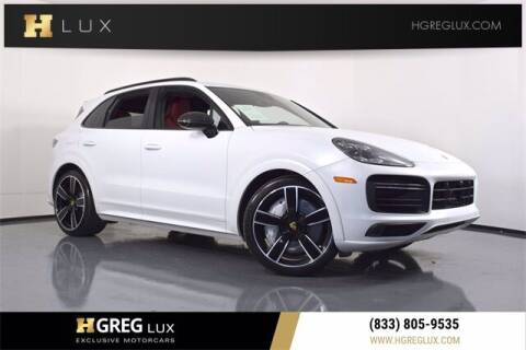 2019 Porsche Cayenne for sale at HGREG LUX EXCLUSIVE MOTORCARS in Pompano Beach FL