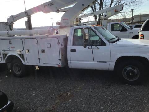 2000 Chevrolet C/K 3500 Series for sale at Sparkle Auto Sales in Maplewood MN