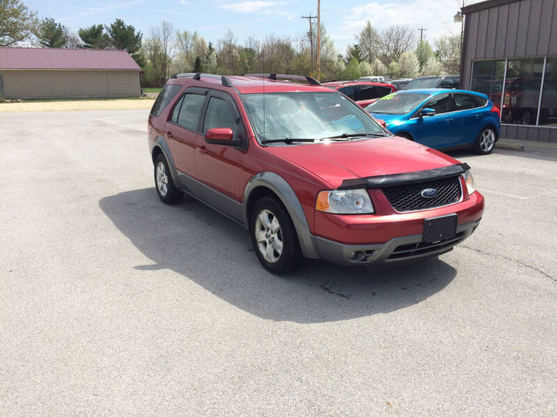 2006 Ford Freestyle for sale at KEITH JORDAN'S 10 & UNDER in Lima OH