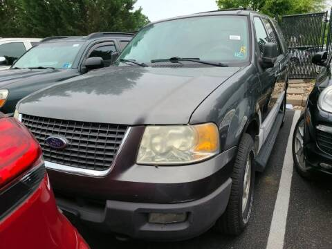 2004 Ford Expedition for sale at Glory Auto Sales LTD in Reynoldsburg OH
