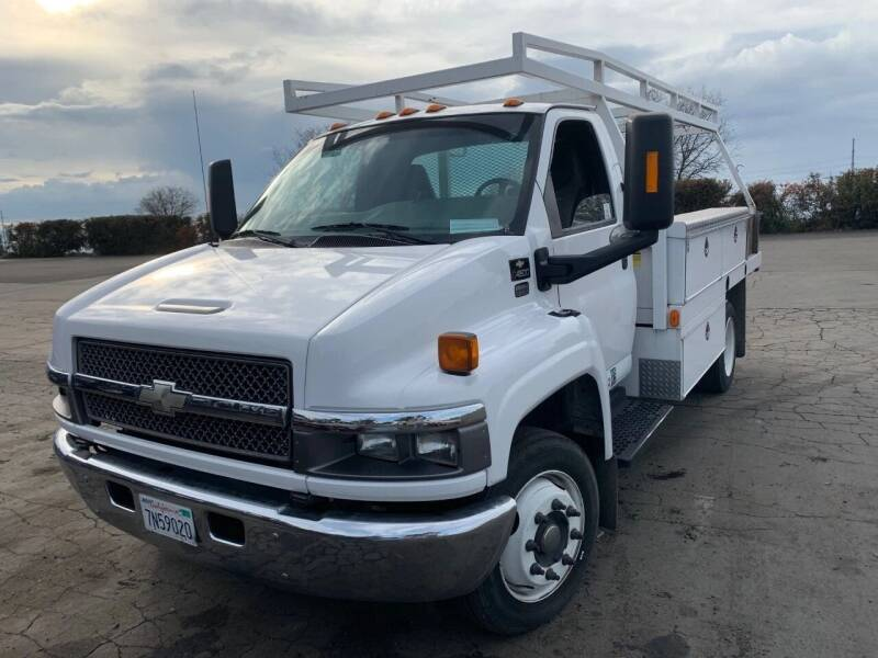 2004 Chevrolet C4500 for sale at DirtWorx Equipment - Trucks in Woodland WA
