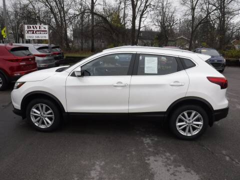 2017 Nissan Rogue Sport for sale at Dave's Car Corner in Hartford City IN