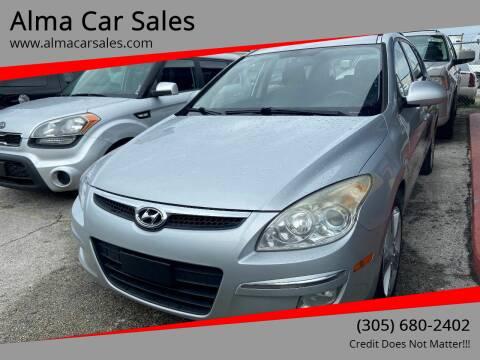 2010 Hyundai Elantra Touring for sale at Alma Car Sales in Miami FL