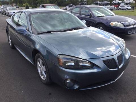 2006 Pontiac Grand Prix for sale at D & J AUTO EXCHANGE in Columbus IN