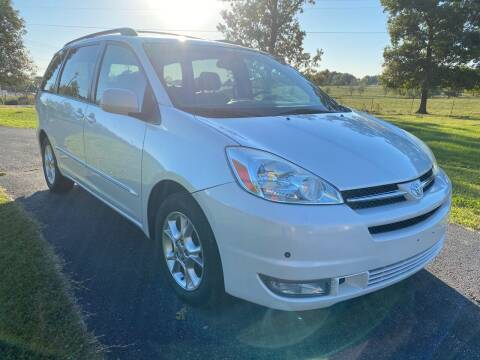 2004 Toyota Sienna for sale at Champion Motorcars in Springdale AR
