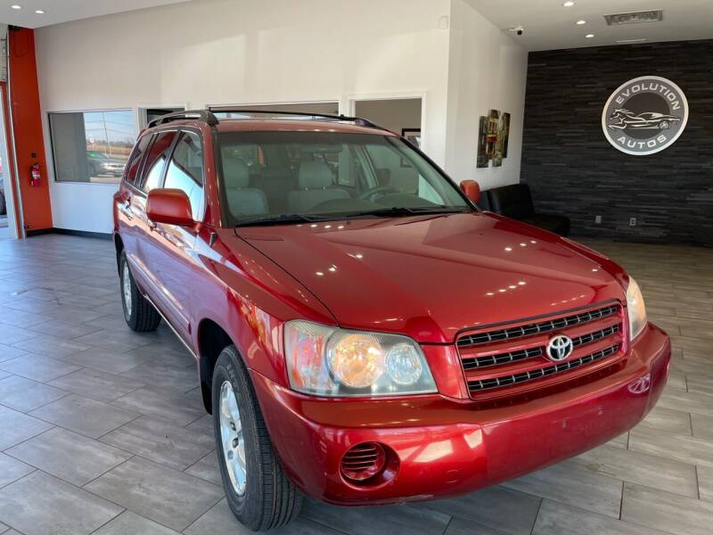 2002 Toyota Highlander for sale at Evolution Autos in Whiteland IN