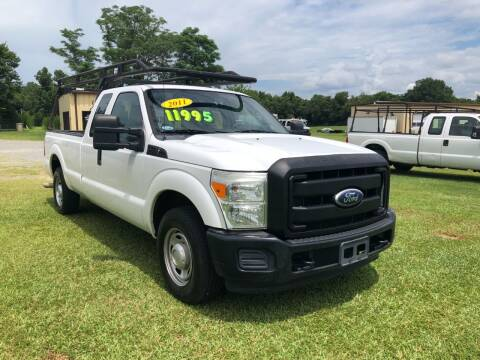 2011 Ford F-250 Super Duty for sale at Vehicle Network - LEE MOTORS in Princeton NC