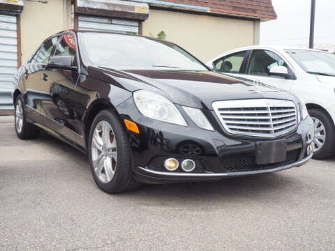 2011 Mercedes-Benz E-Class for sale at Sunrise Used Cars INC in Lindenhurst NY