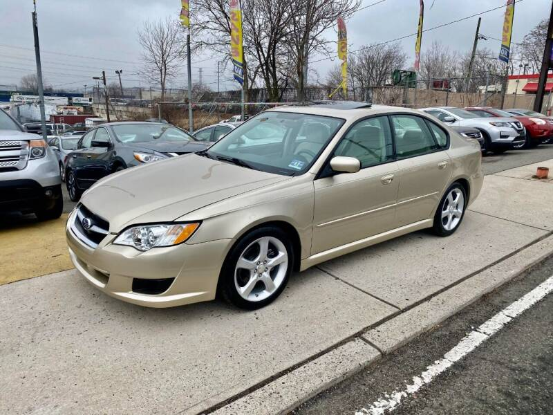 2008 Subaru Legacy for sale at JR Used Auto Sales in North Bergen NJ