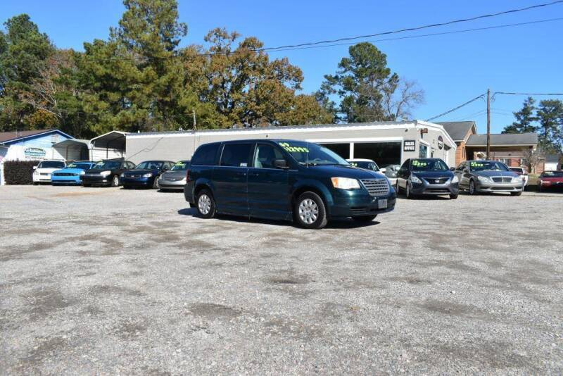 2009 Chrysler Town and Country for sale at Barrett Auto Sales in North Augusta SC