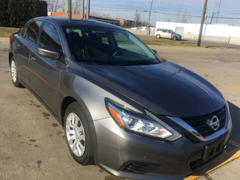 2017 Nissan Altima for sale at City Auto Sales in Roseville MI