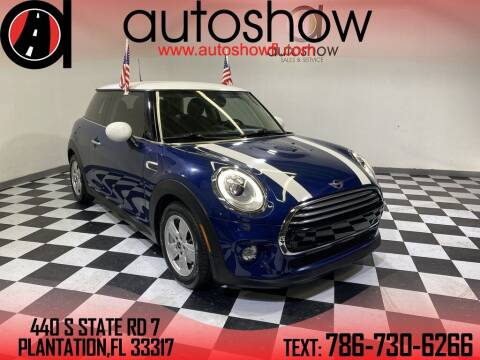 2017 MINI Hardtop 2 Door for sale at AUTOSHOW SALES & SERVICE in Plantation FL