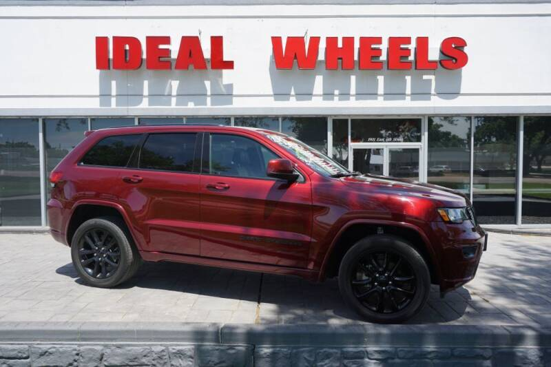 2018 Jeep Grand Cherokee for sale at Ideal Wheels in Sioux City IA
