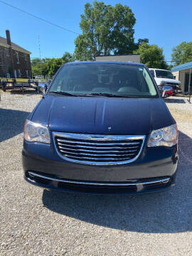 2012 Chrysler Town and Country for sale at J2 WHEELS UNLIMITED in Griggsville IL