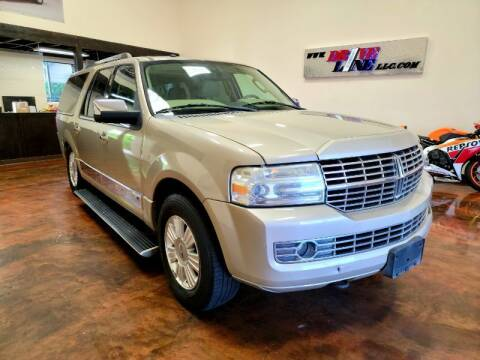 2008 Lincoln Navigator L for sale at Driveline LLC in Jacksonville FL