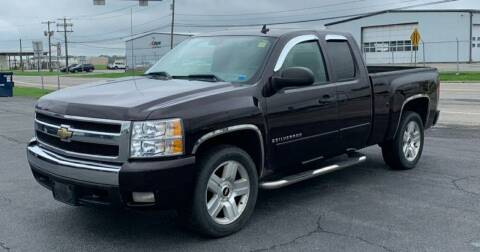 2008 Chevrolet Silverado 1500 for sale at GLOVECARS.COM LLC in Johnstown NY