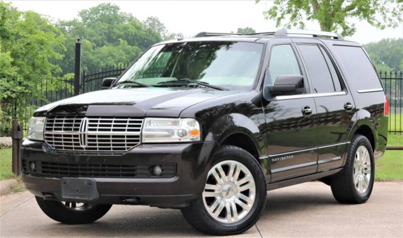 2013 Lincoln Navigator for sale at Texas Auto Corporation in Houston TX
